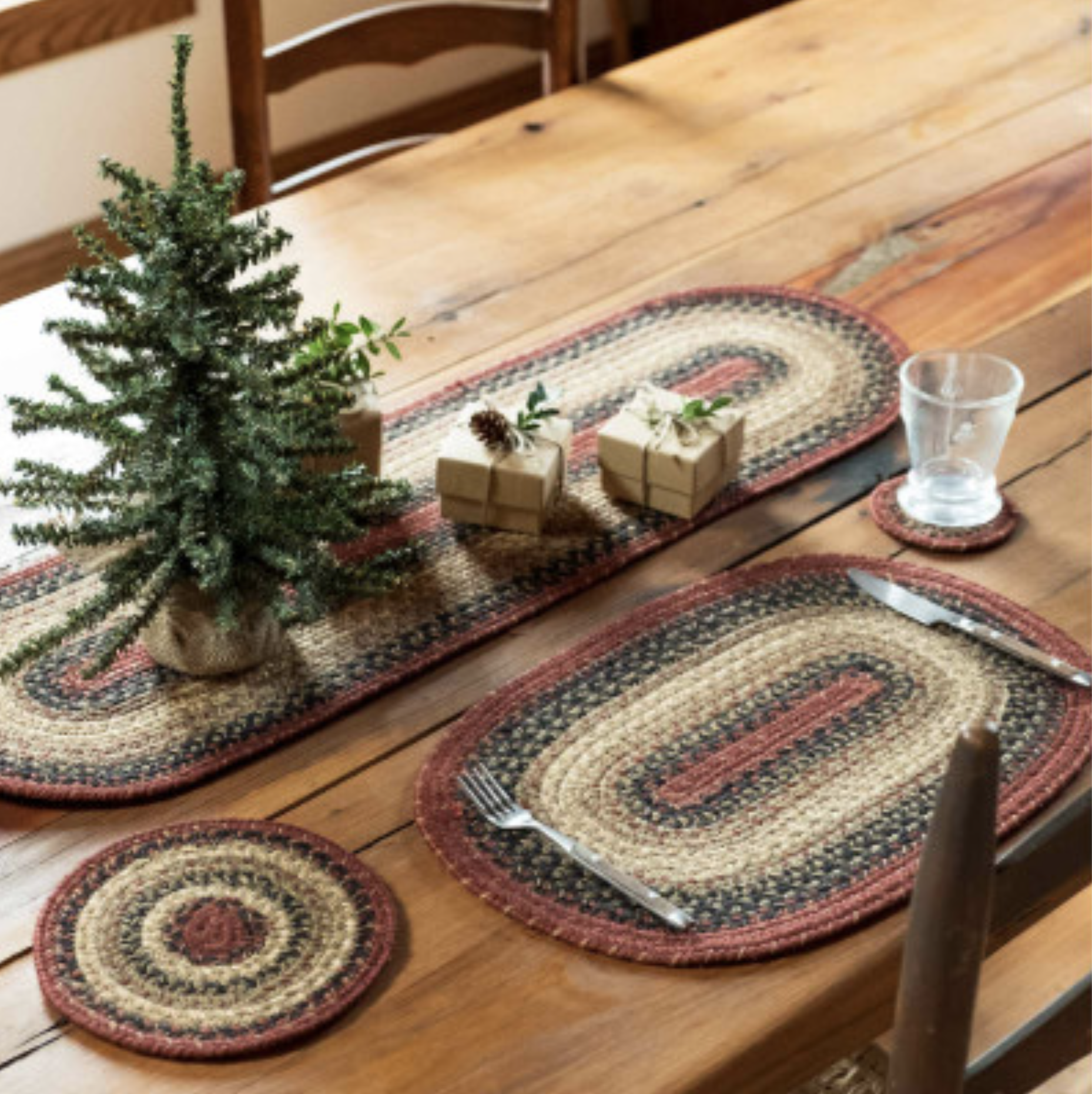 Homespice Decor Highland Jute Braided TableTop Accessories