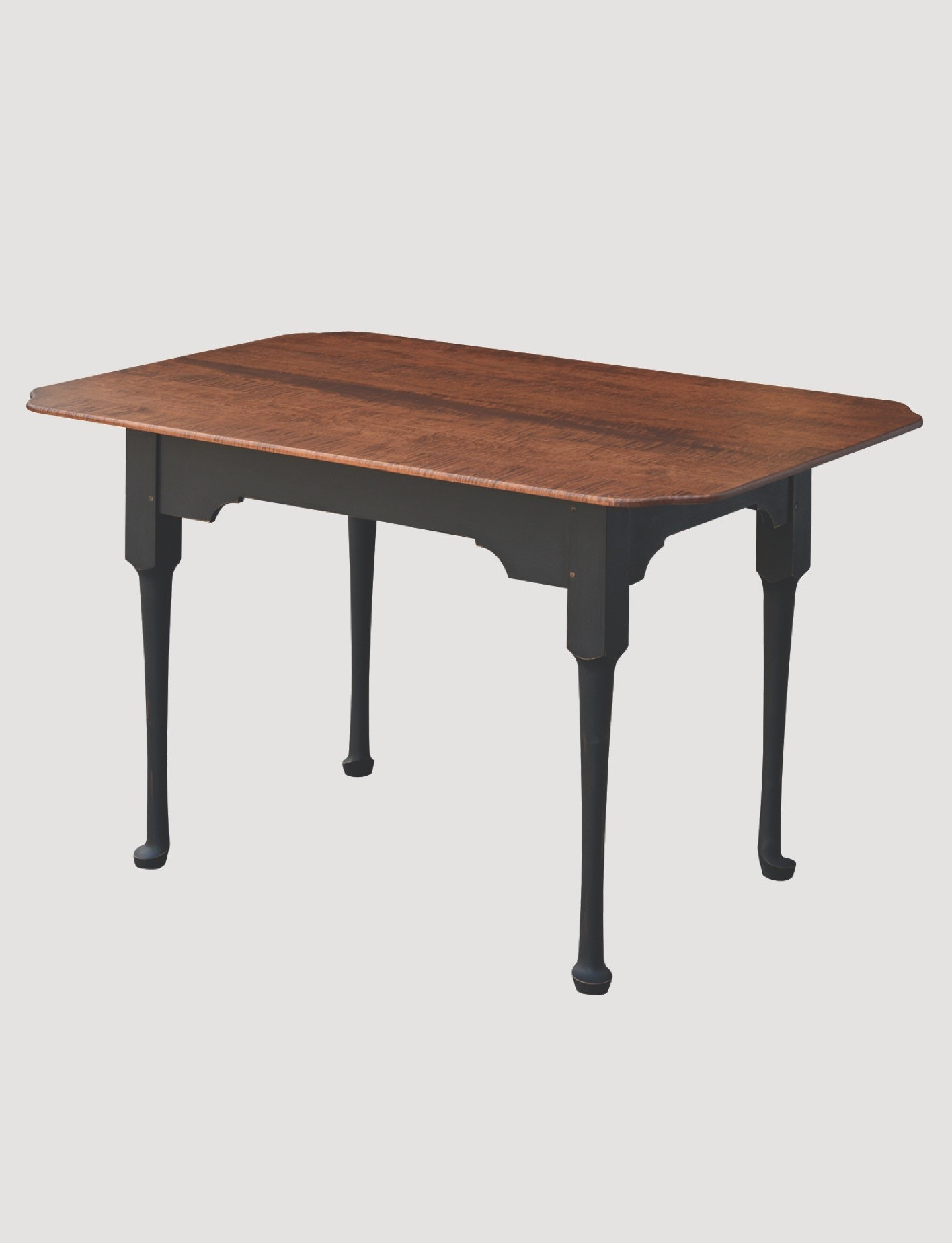 Primitive Designs Spoonfoot Tiger Maple Top Dining Table with Black Rubbed Legs