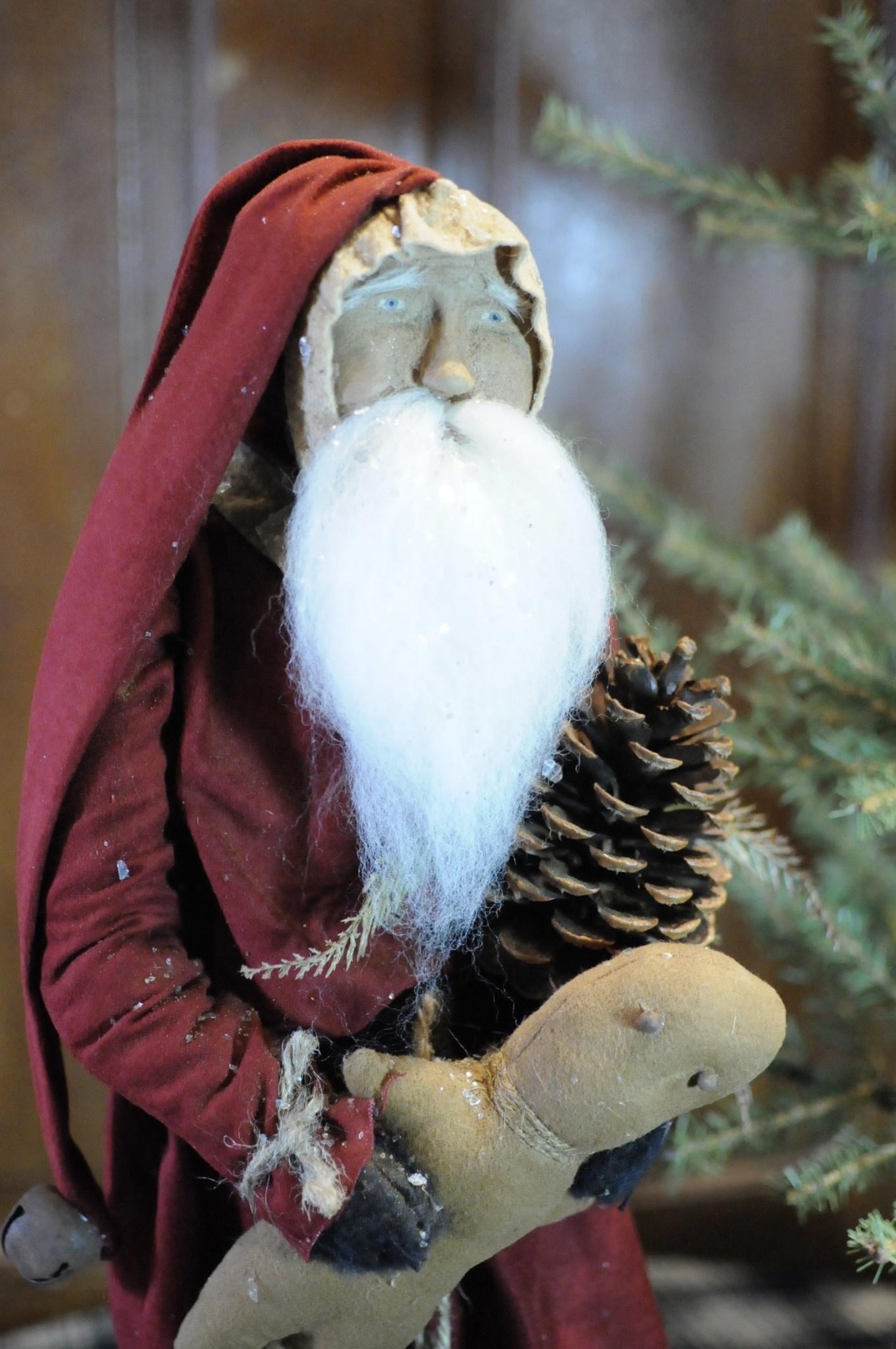 Arnett's Arnett's Santa with Red Coat Holding Gingerbread & Pinecone TYC2