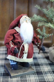 Arnett's Arnett's Small Red Santa with Tree PDC1