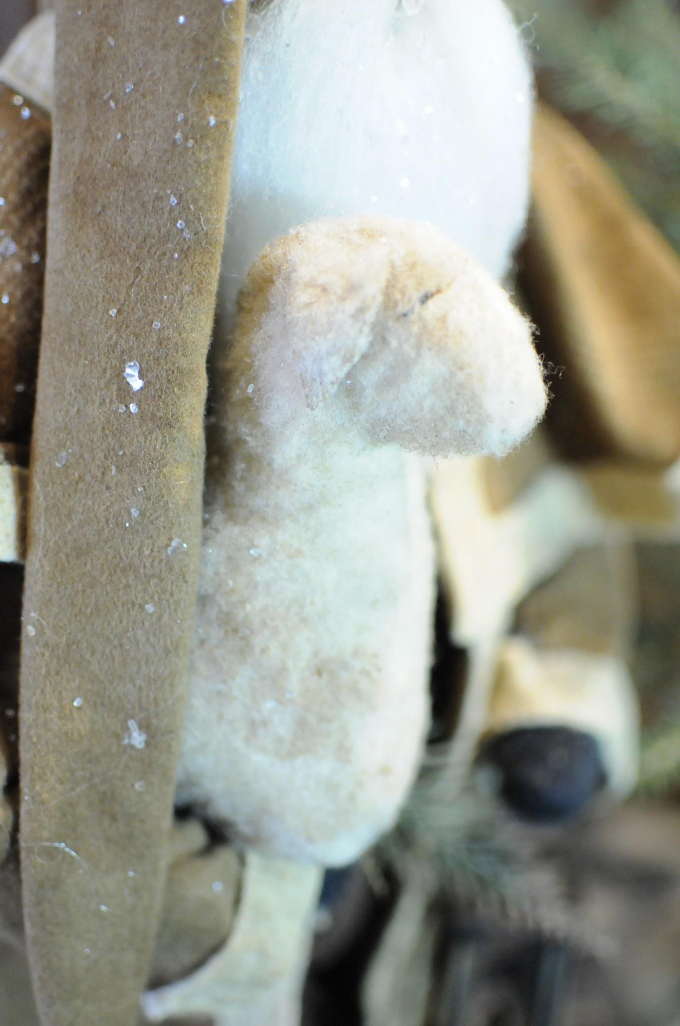 Arnett's Arnett's Santa Brown Cape Coat Holding Sheep & Lantern AC6