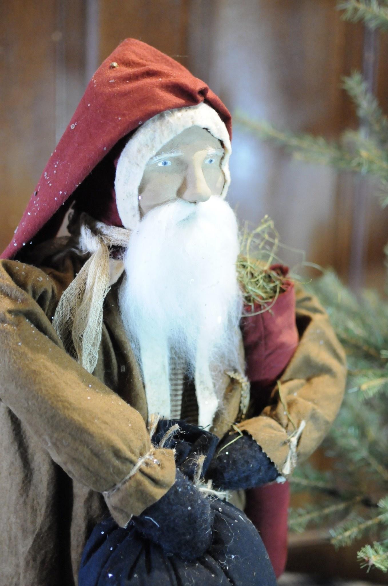 Arnett's JC3 Arnett's Santa with Red Stocking