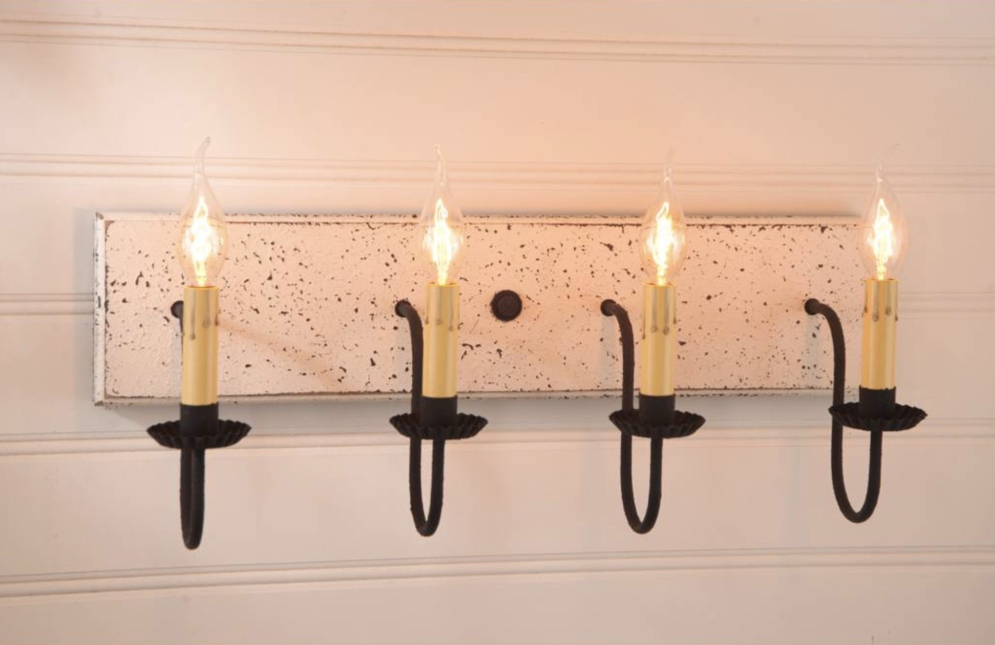 Irvin's Tinware Four Light Vanity Light in Americana