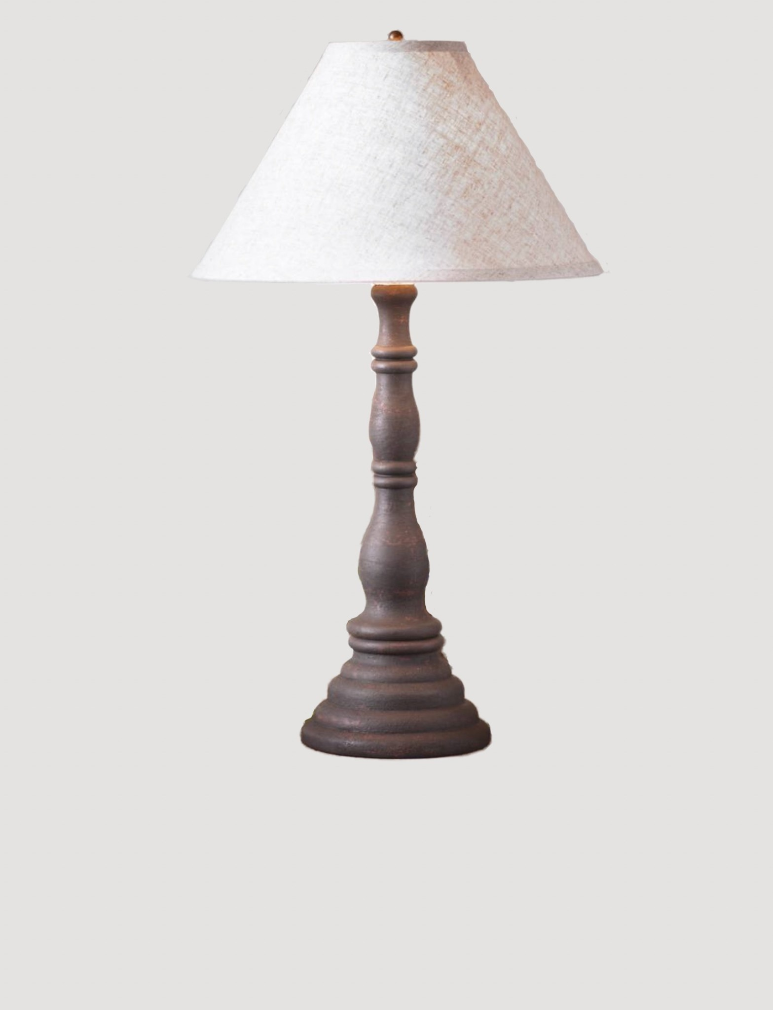 Irvin's Tinware Davenport Lamp with Ivory Linen Shade in Hartford