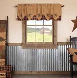 VHC Brands Heritage Farms Primitive Star and Pip Valance Layered