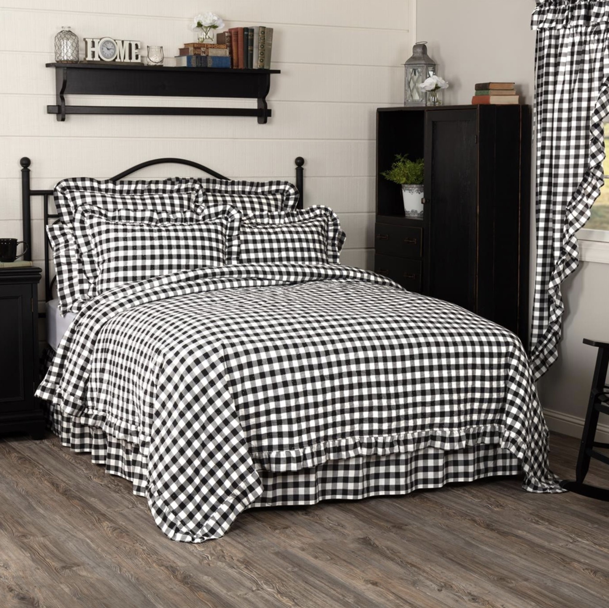 VHC Brands Annie Buffalo Black Check Ruffled Quilt