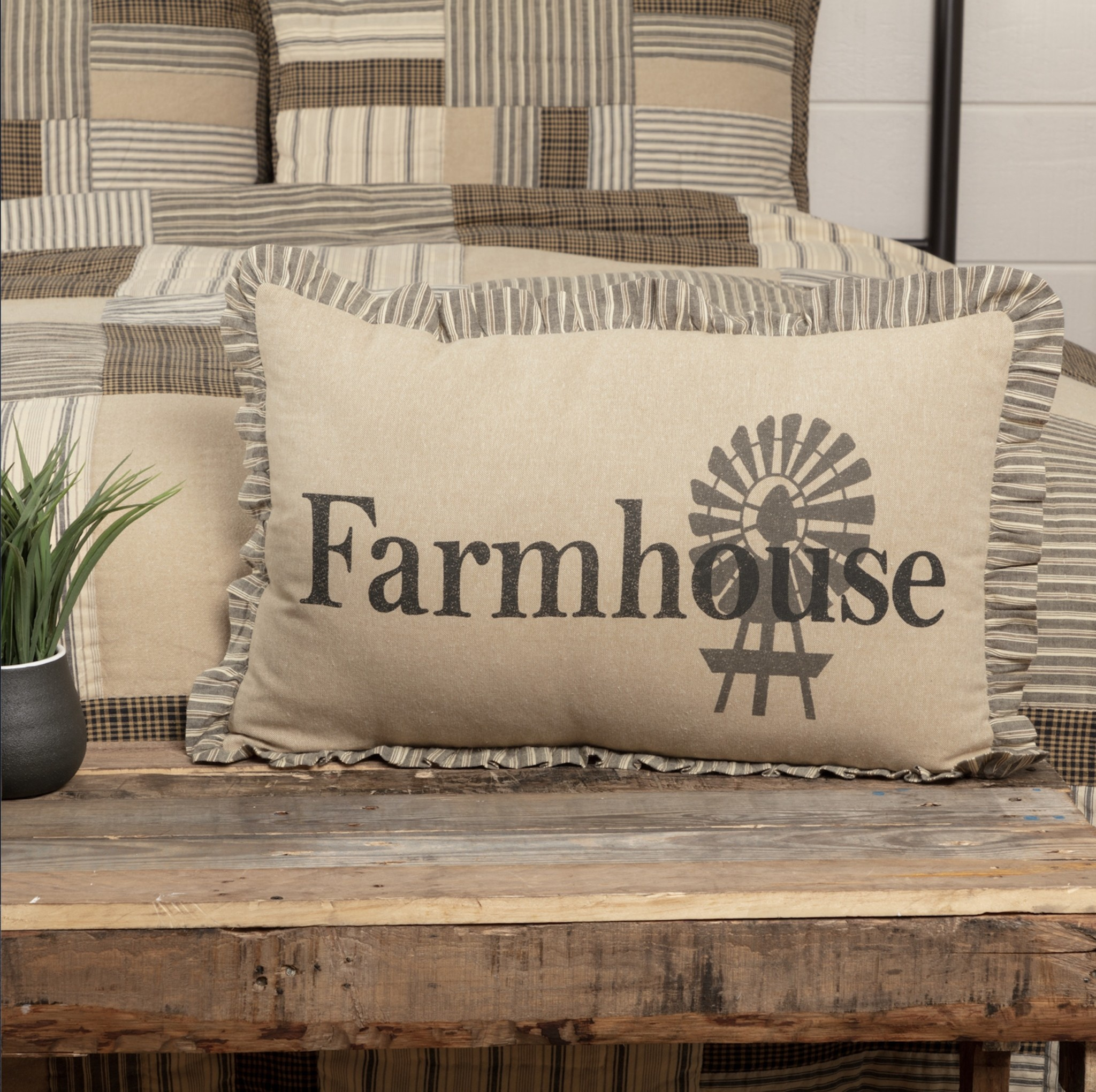 "Nana's Farmhouse Sawyer Mill Home Farmhouse Pillow 14"" x 22"""