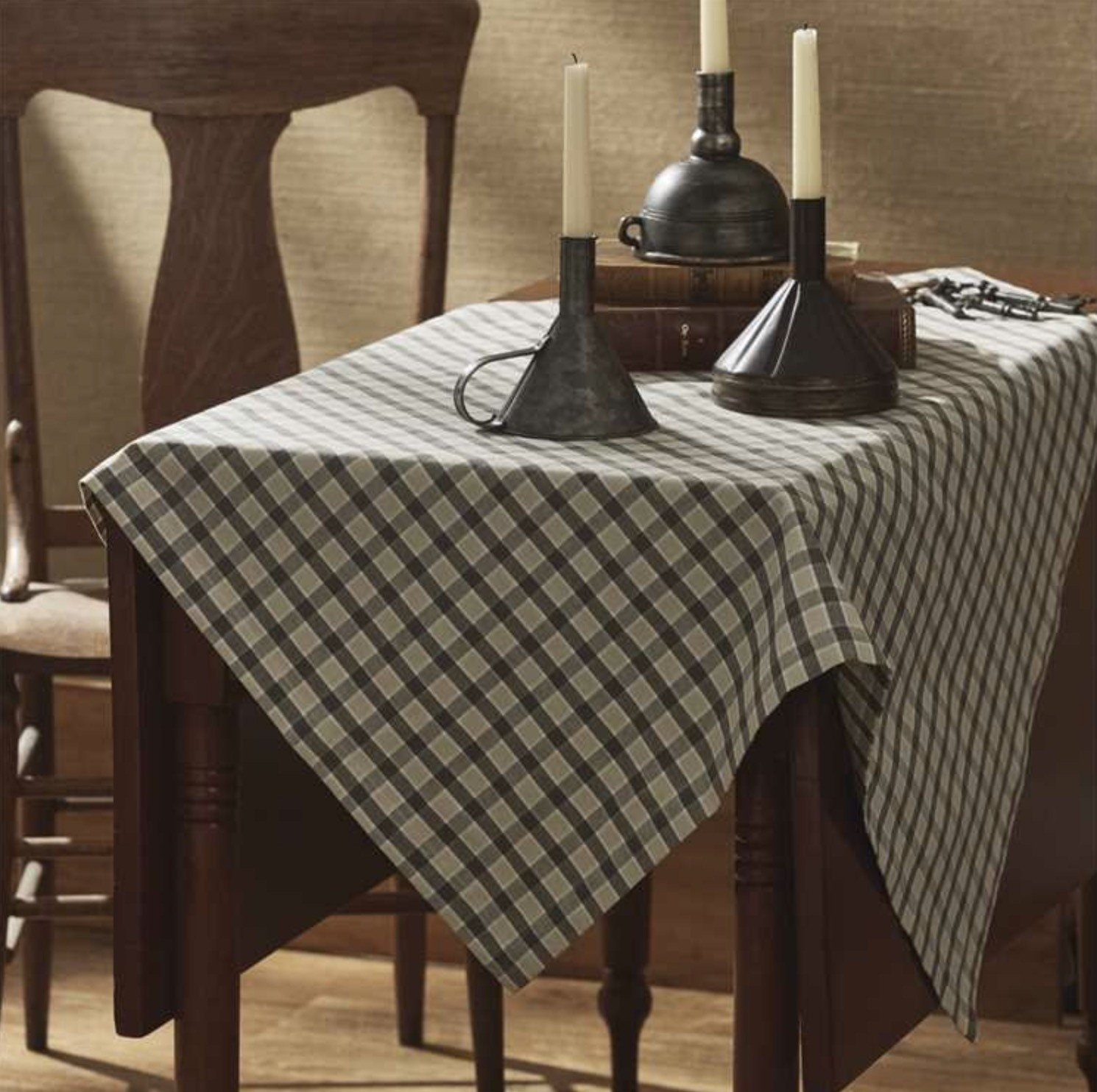 "Park Designs Alden Table Topper 36"" x 36"""