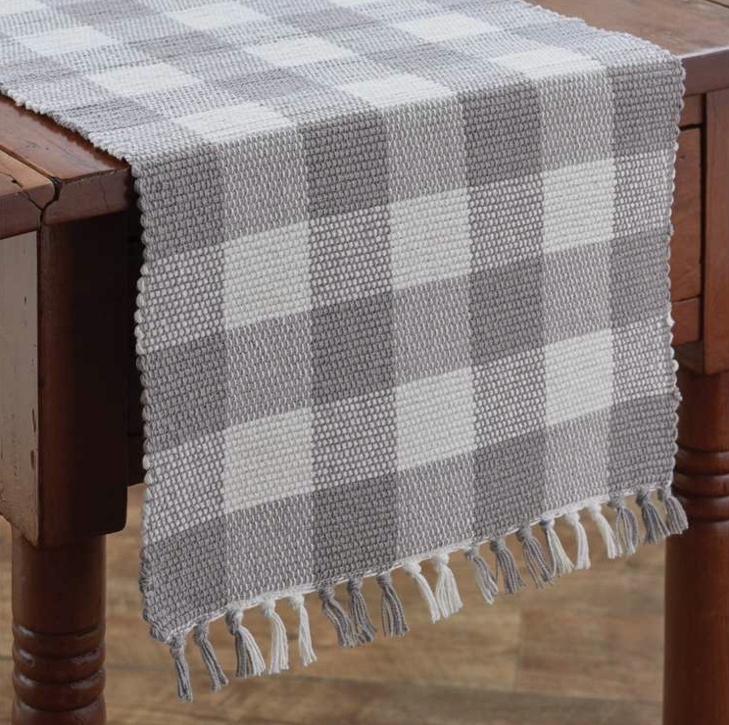 Park Designs Wicklow Dove Yarn Table Runner - 36 L