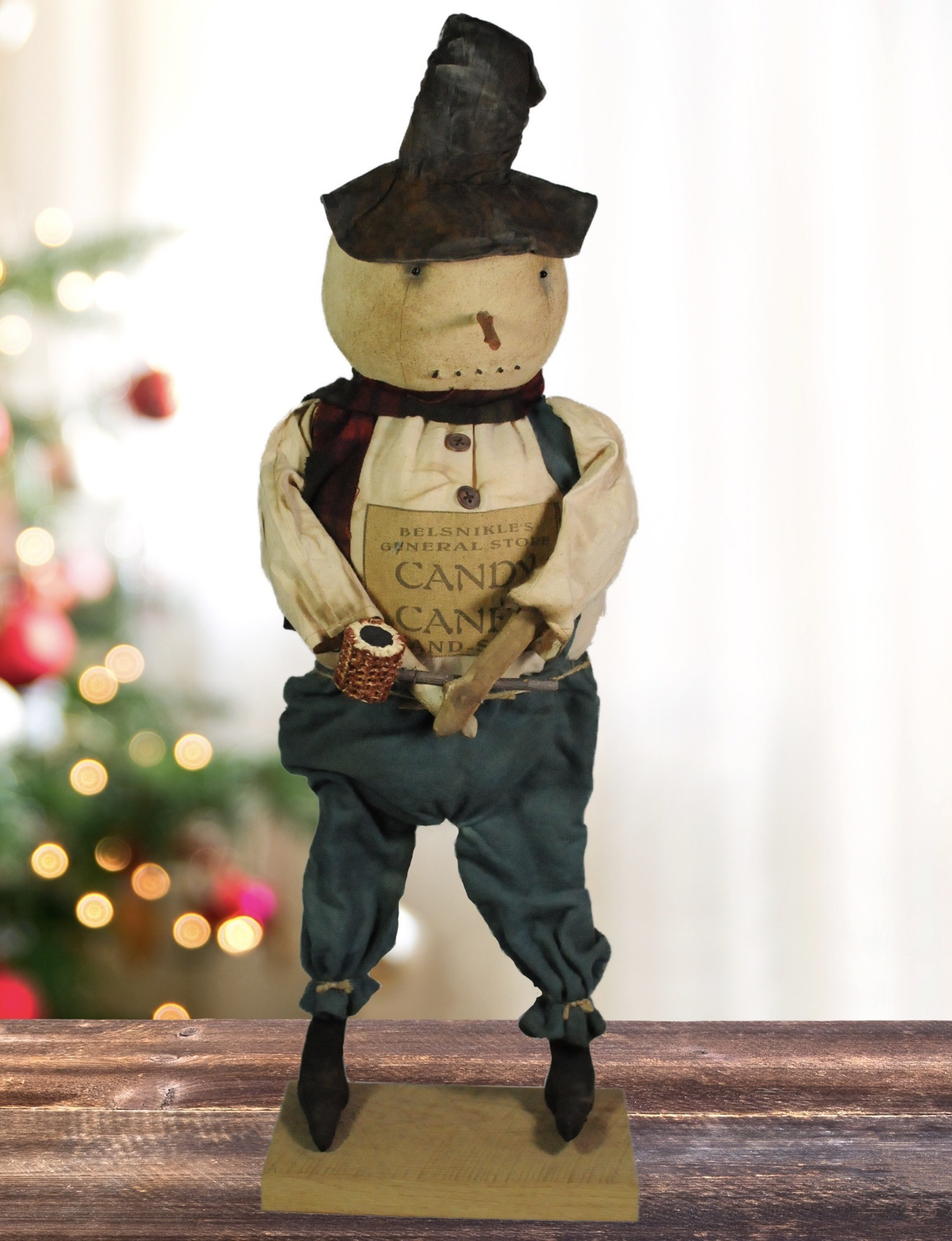 Nana's Farmhouse Snowman On Wooden Base with Pipe