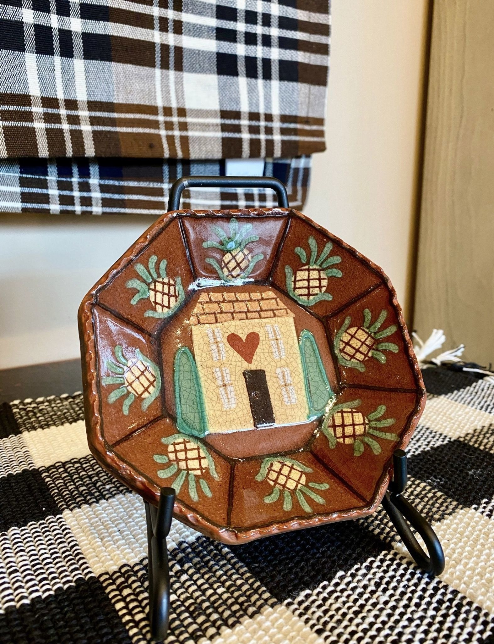 Smith Redware Saltbox House & Pineapples Octagon Plate