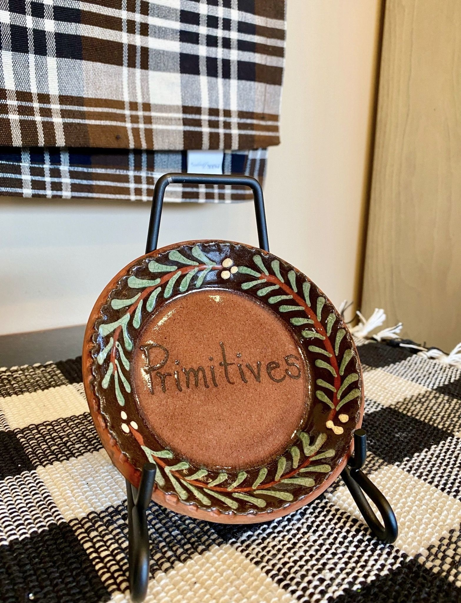 Smith Redware Primtives Round Plate