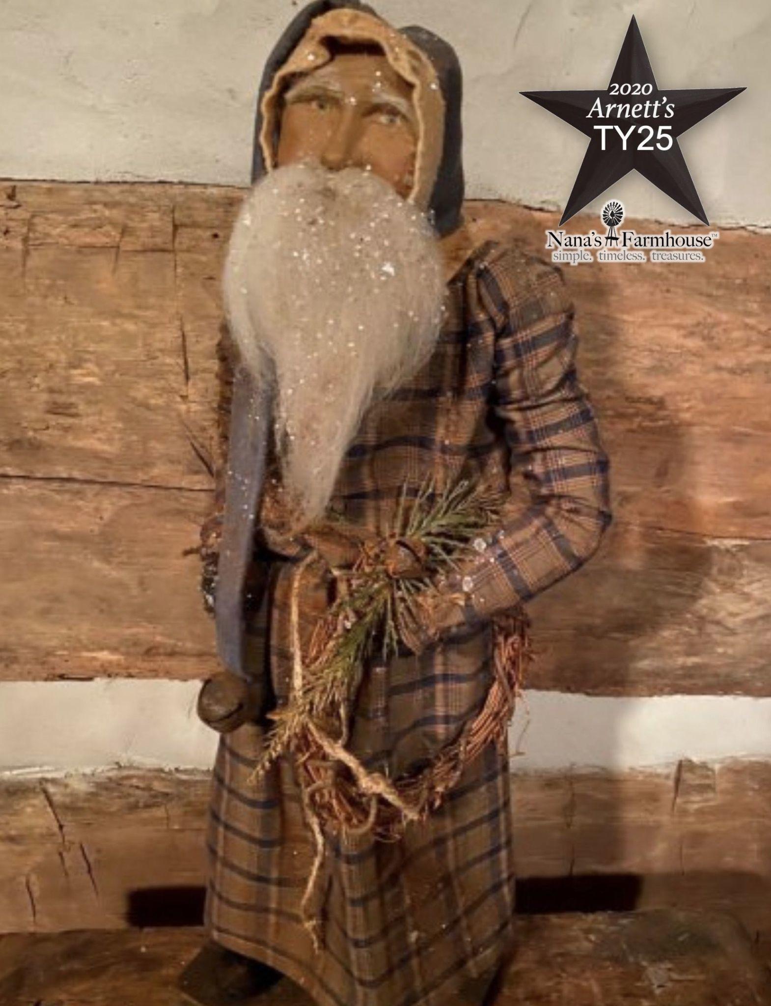 Arnett's TY25 Arnett's Santa Tall Slim Blue & Green Night Shirt Holding Wreath
