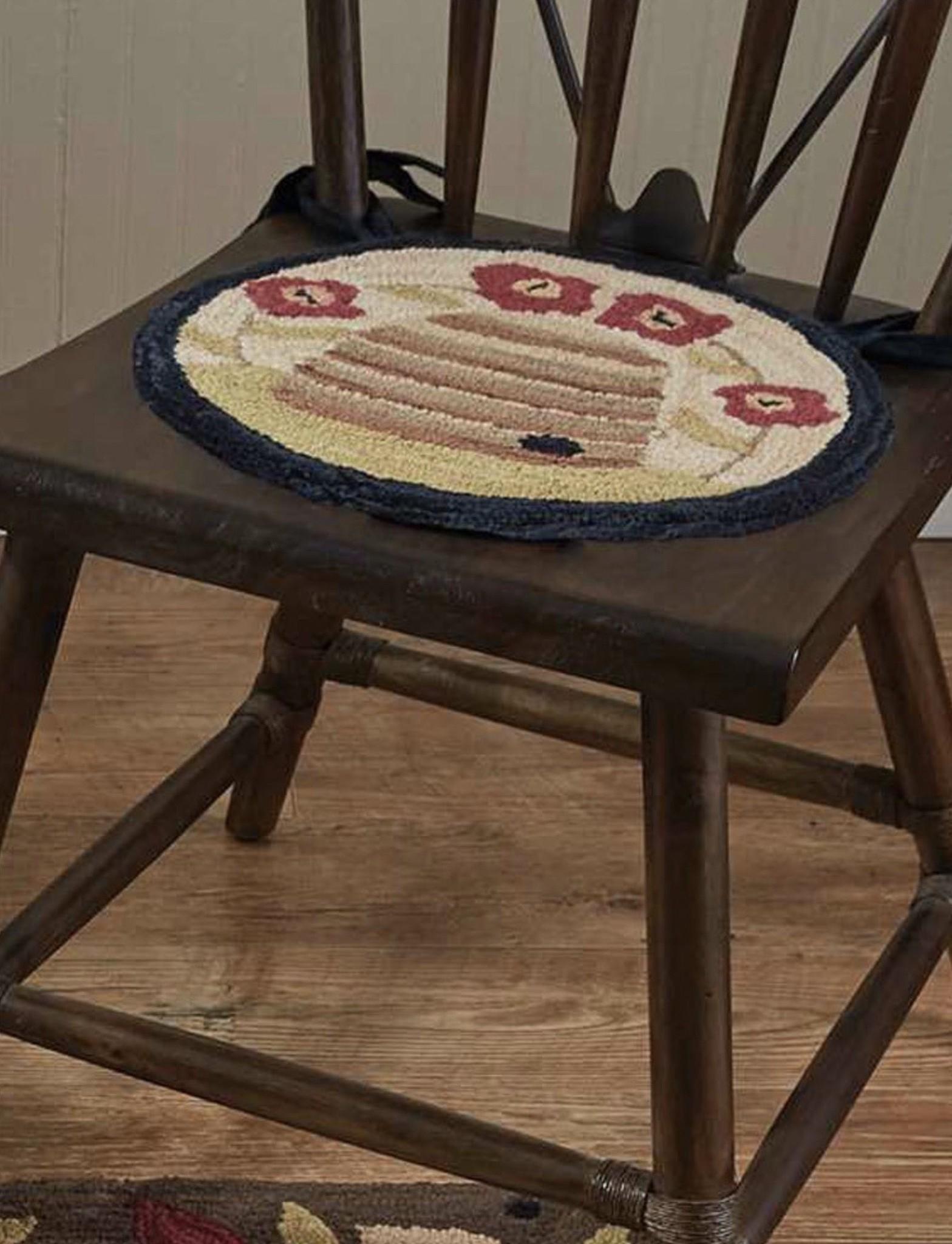 "Park Designs Bee Skep Hooked Chair Pad 14.5"""