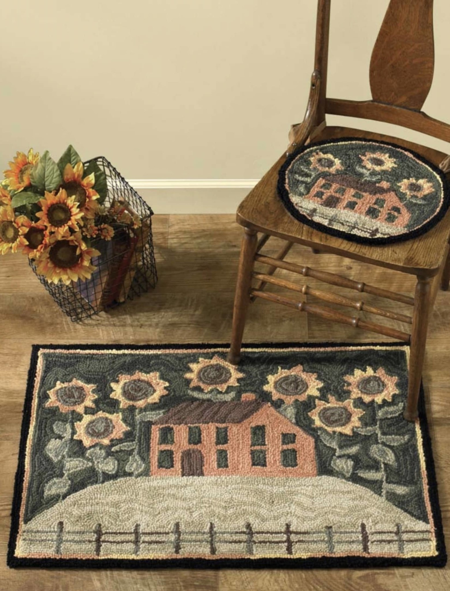 """Park Designs House and Sunflowers Hooked Rug - 24"""" x 36"""""""