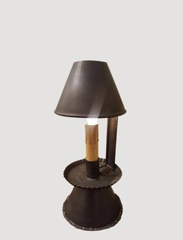 Nana's Farmhouse Ava Table Lamp