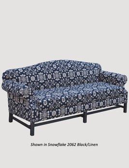 "Town & Country Furnishings Stockbridge Sofa - 90"""