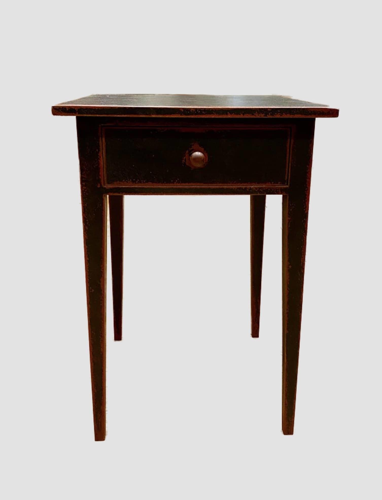 Taper Leg Table