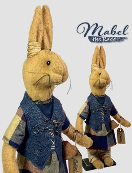 Nana's Farmhouse Mabel The Primitive Rabbit