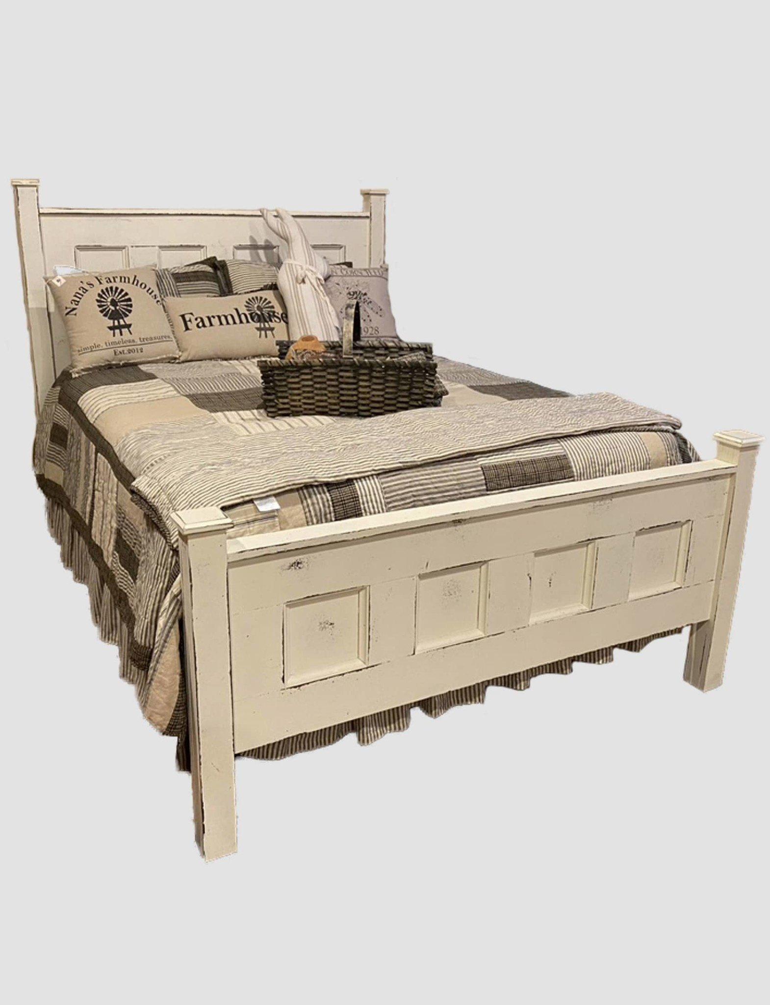 Nana's Farmhouse Farmhouse Antique White  Bed - Queen