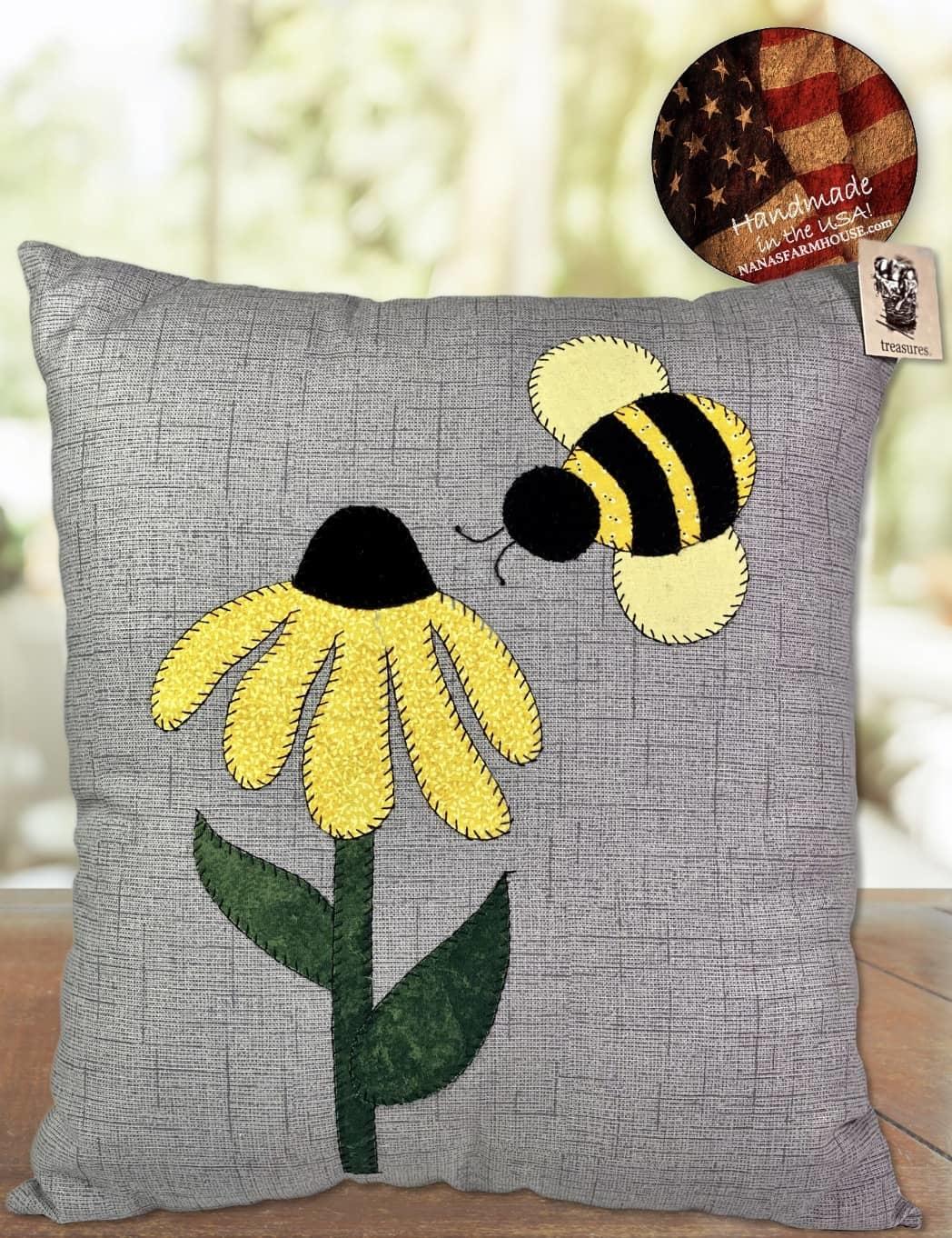 "Nana's Farmhouse Bee & Flower Pillow - 12"" x 14"""