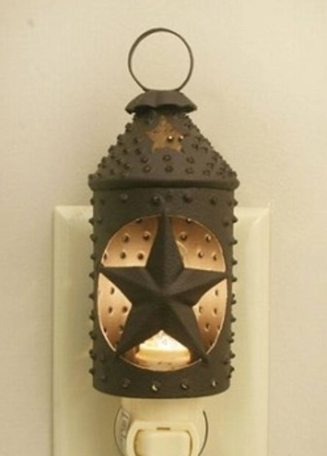 CTW Home Collection Punched Star Paul Revere Night Light Rustic Brown