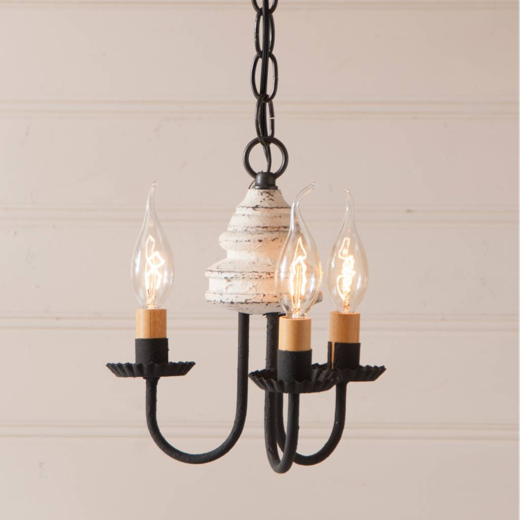 Irvin's Tinware Bellview Wood Chandelier