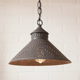 Irvin's Tinware Stockbridge Shade Light with Willow in Kettle Black