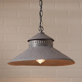 Irvin's Tinware Shopkeeper Shade Light with Regular Star in Kettle Black