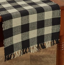 Park Designs Wicklow Yarn Black Table Runner