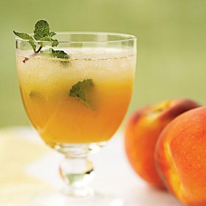 Berry Peachy Mojito