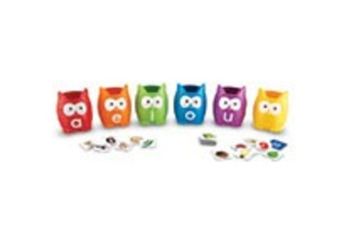 Learning Resources Vowel Owl Sorting Set