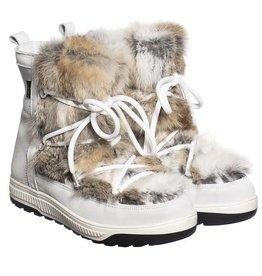 Goldbergh Butsu Boots