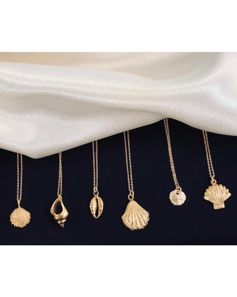 Jurate Brown Playa Necklace