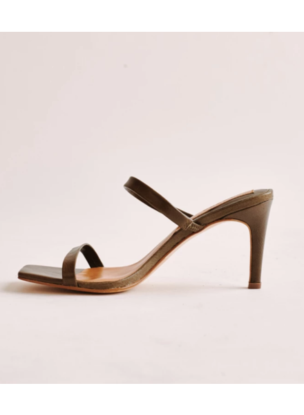 jaggar Jaggar Two Strap Leather Heel