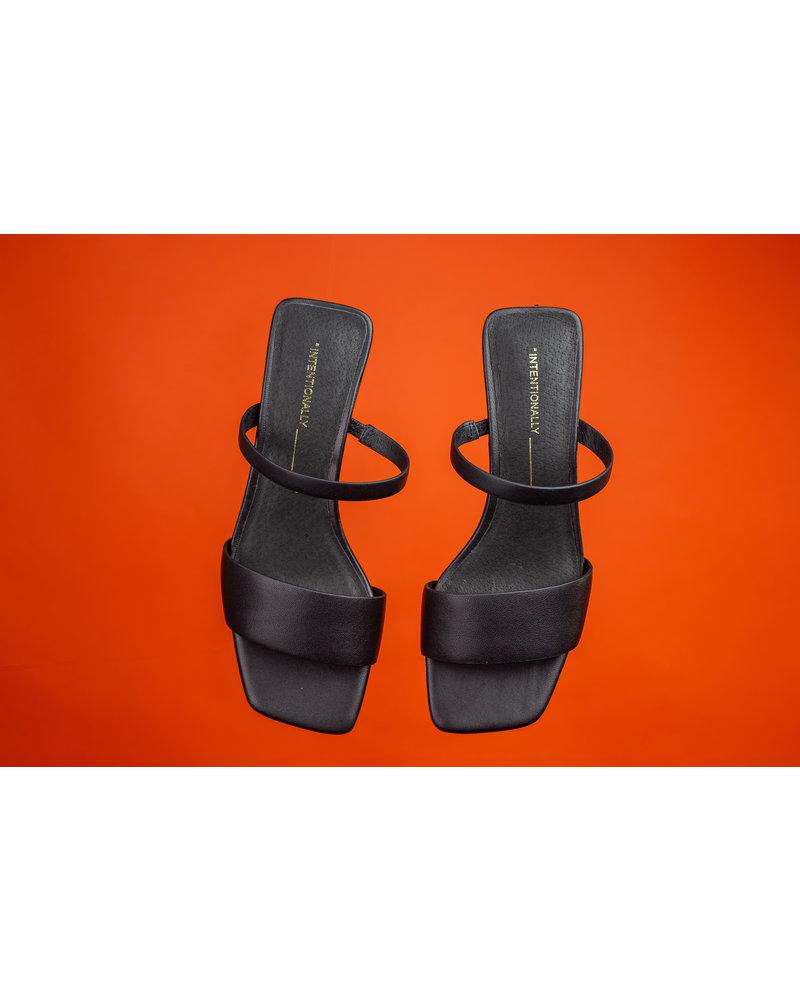 Intentionally Blank Hamp Sandal