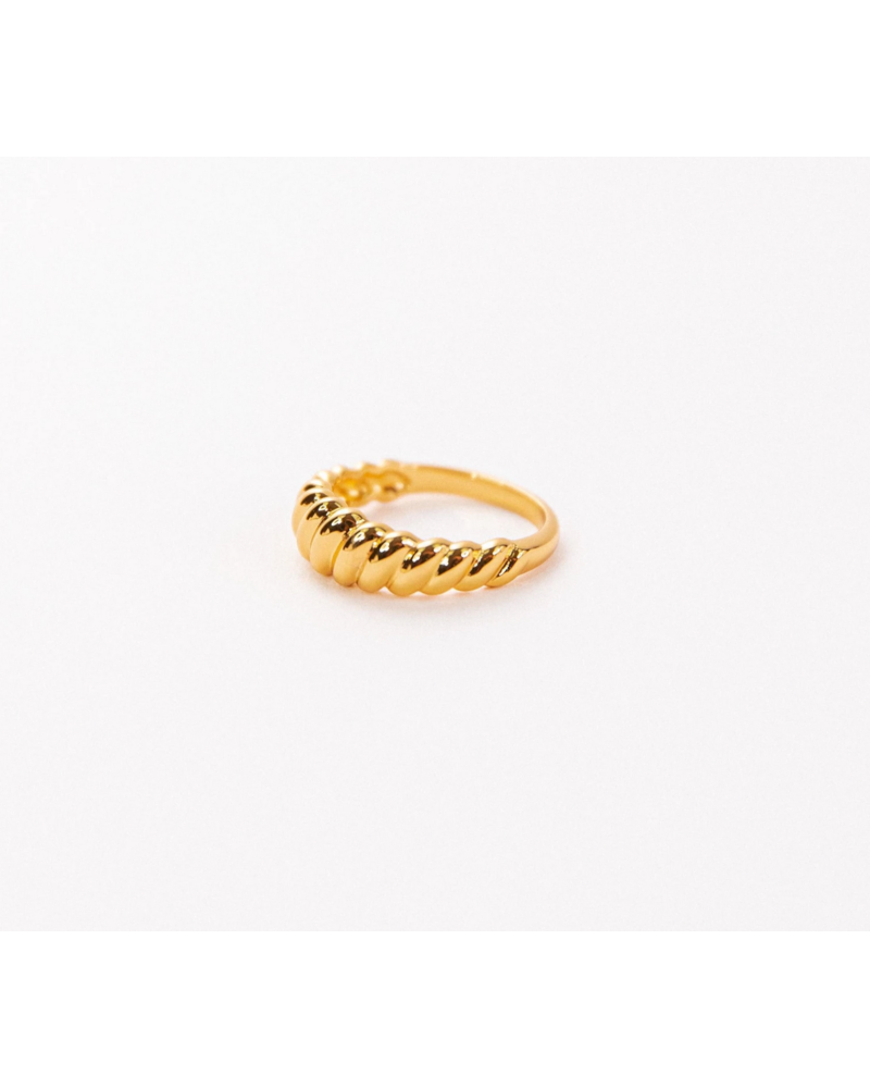 PM Croissant Dome Ring
