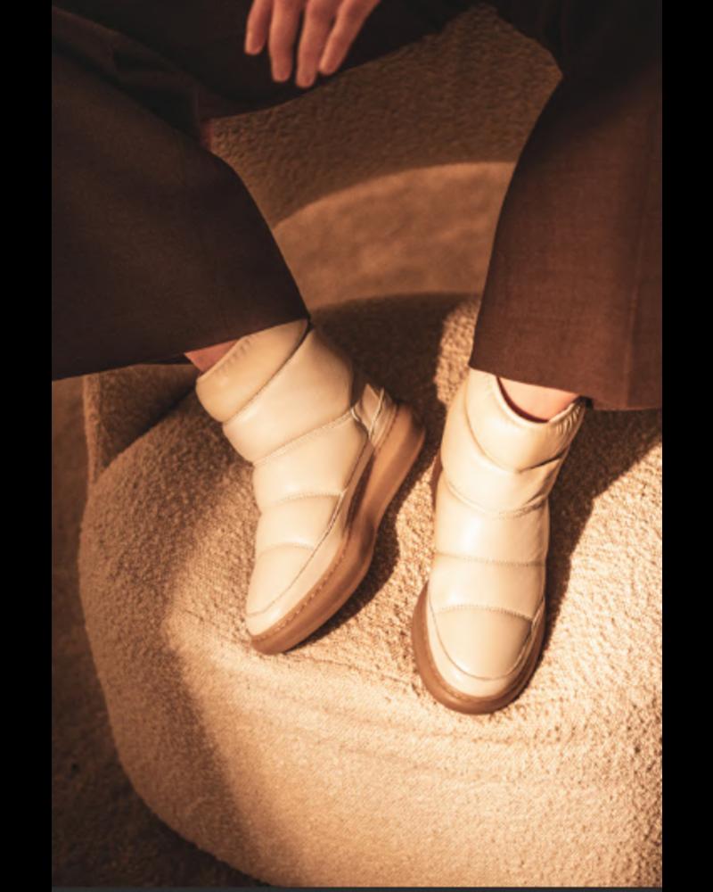 Ivylee Moon Boot
