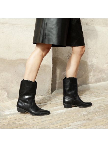 Ivylee Tracy Polished Boot