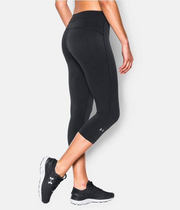 Under Armour Under Armour Women's Black HeatGear® Armour CaprisCapri Compression