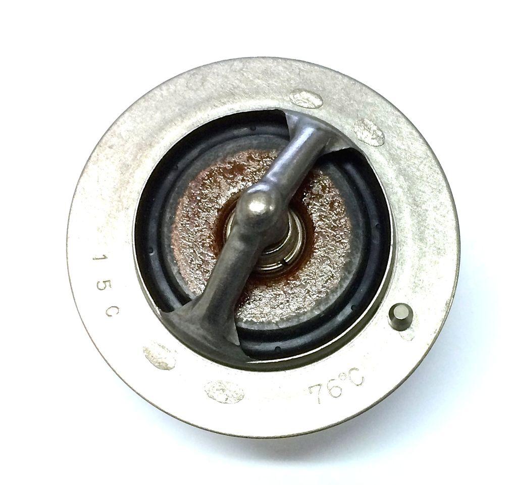 Thermostat - Toyota 1HDT, HDFT, 1HZ & 1PZ 76C/169F - OEM