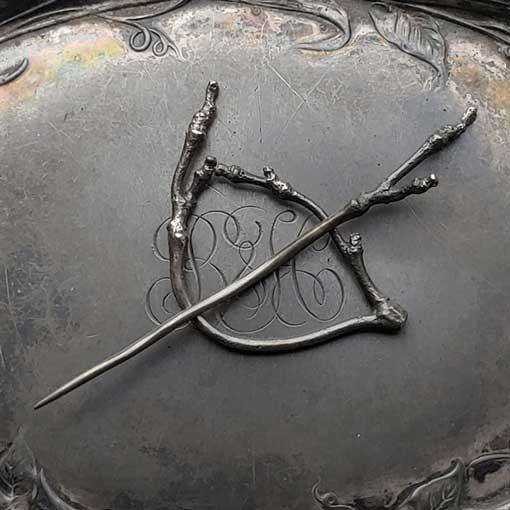 JUL Designs JUL Designs Twig Lace Pin