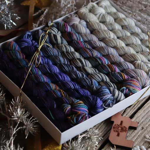 Koigu Koigu Pencil Box Snow Queen