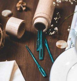 Bryson Distributing Teal Wooden Darning Needles