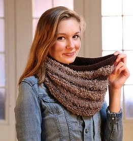 Plymouth Yarn Co. Pattern 101 Arequipa Aventura Cowl