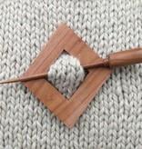 Plymouth Yarn Co. Plymouth Yarn 2001 Diamond Shawl Pin