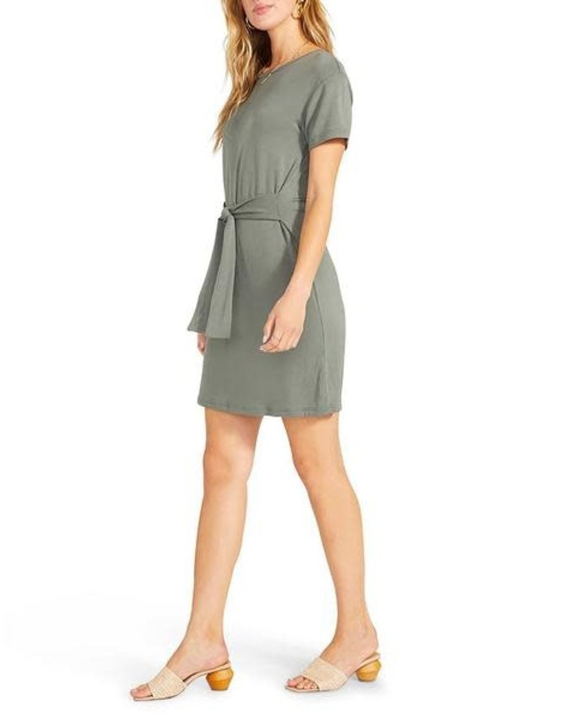 BB Dakota Sunrise Tie Front Dress