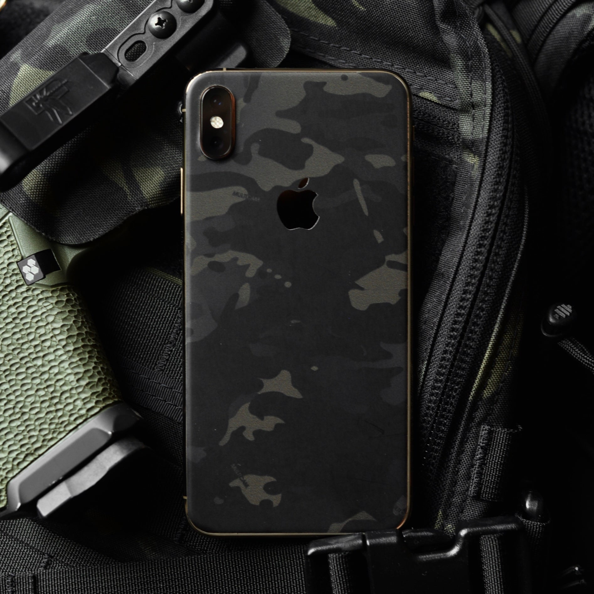 TAM TAM 3M Official Multicam Apple IPhone Skins