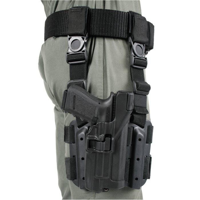 Blackhawk Blackhawk SERPA Level 3 Light Bearing Tactical Holster