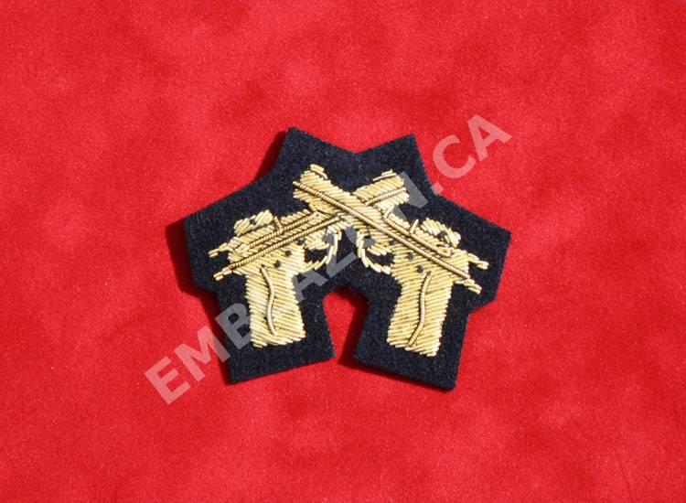 Emblazon Crossed Pistols